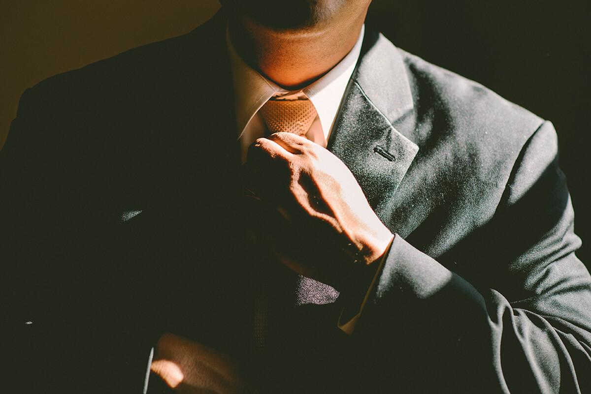 Hvad tjener en advokat?