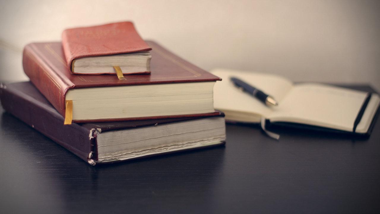 Registreret revisor og statsautoriseret revisor – hvad er forskellen?