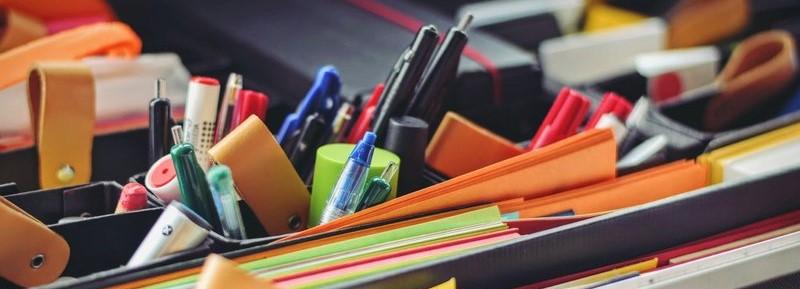Pennenhouders en documenten