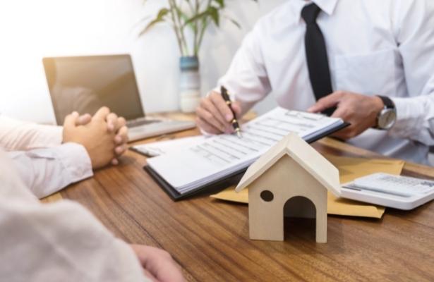Haus- & Immobilienverkauf - wann Steuern anfallen und wie Sie Steuern sparen können