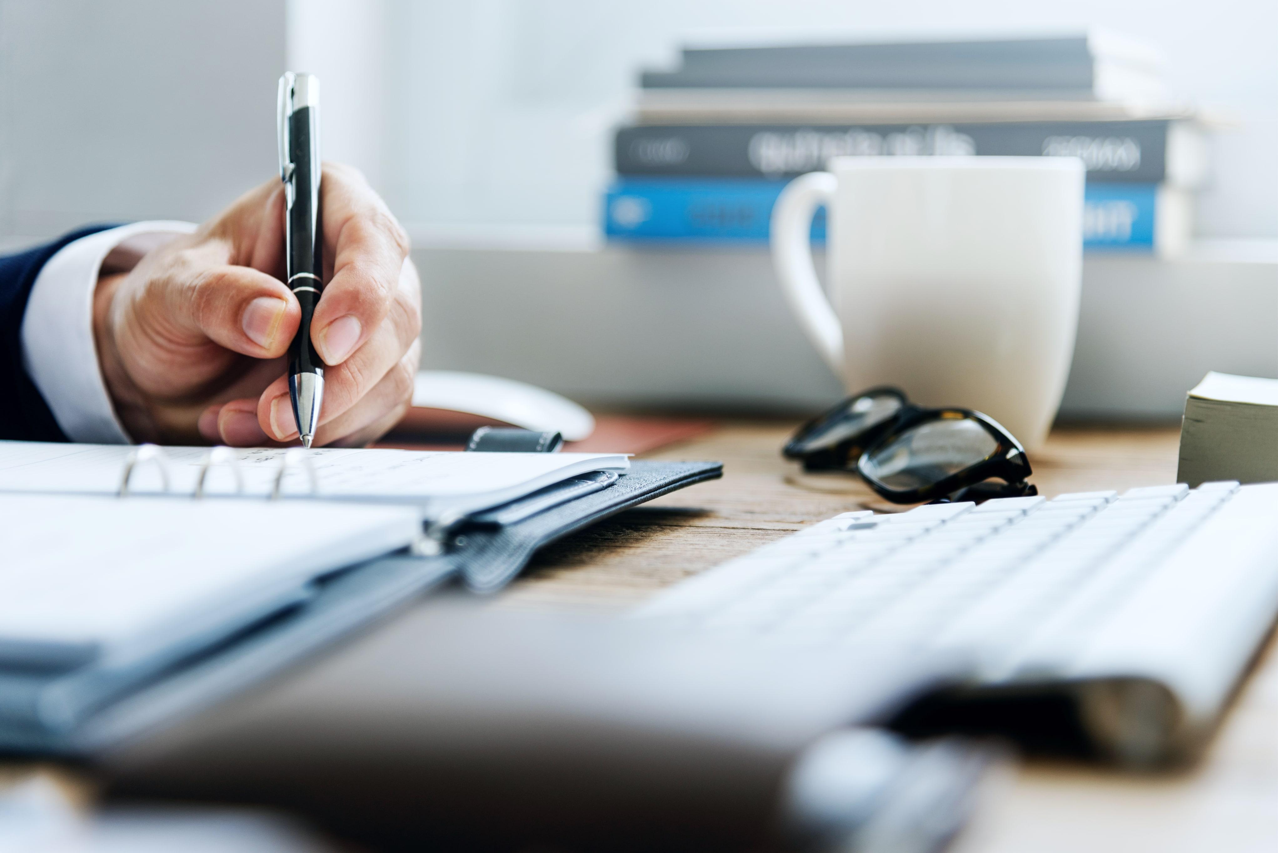 Guide: Slik skriver du en gyldig kontrakt