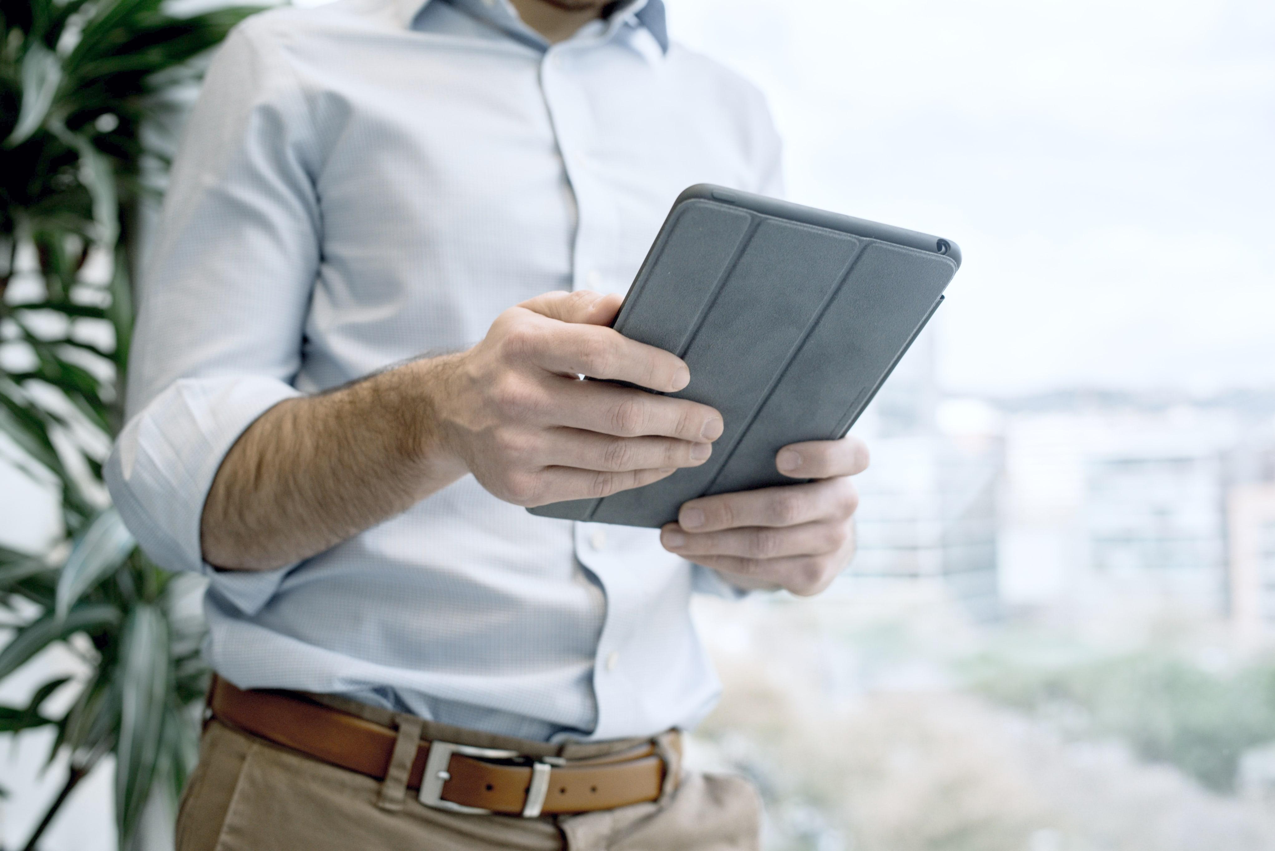 Mit 10 Minuten XING und LinkedIn am Tag Mitarbeiter und Mandanten gewinnen