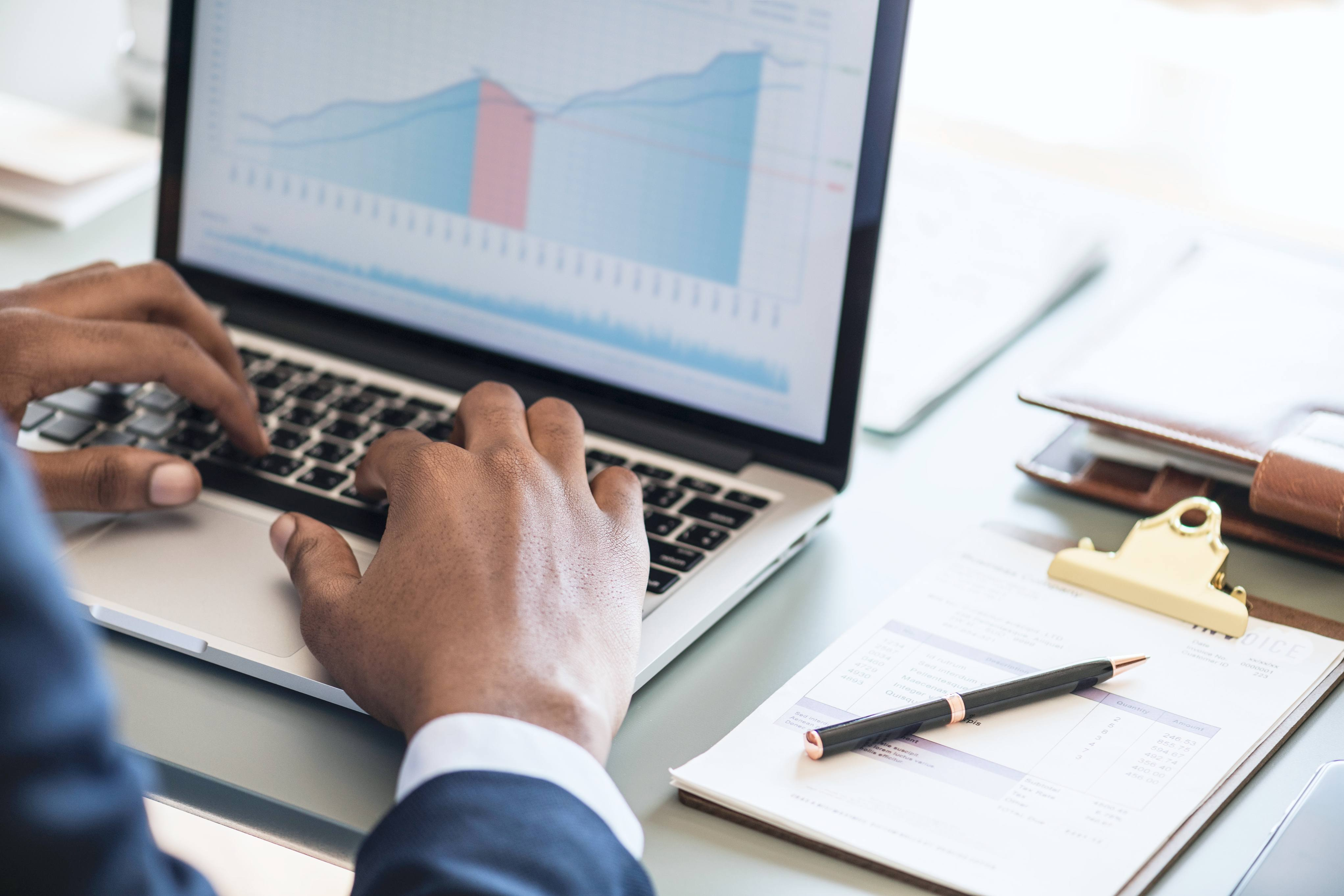 Guide: beräkna och betala skatt på aktieutdelning